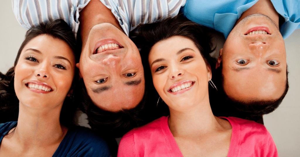 Soziale Beziehungen als Glücksfaktor bei Rente mit 40